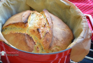 dokum-tencerede-ev-yapimi-ekmek